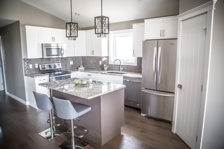 saskatoon-home-vinland-kitchen